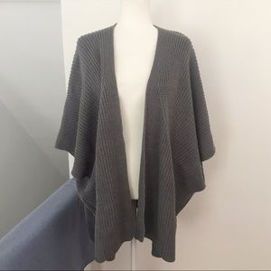 Universal Thread Oversized Chunky Knit Sweater